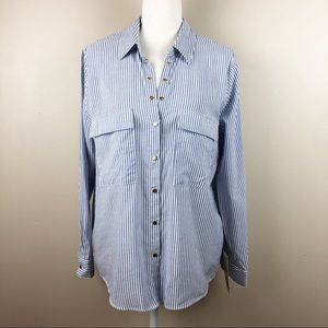 NWT. Zara White/Blue Striped Shirt. Size M.